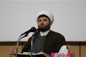 حضور 350 نفر از استادان و کارکنان دانشگاه آزاد اسلامی رشت در ششمین طرح رمضان بهار قرآن