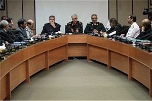 نشست فعالان عرصه علم و فناوری کشور با رئیس ستاد کل نیروهای مسلح