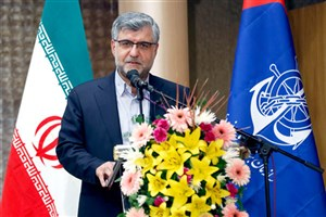 بندر شهیدرجایی تا ۲سال آینده نفتی میشود/نصب ۱۵جرثقیل جدید ایرانی