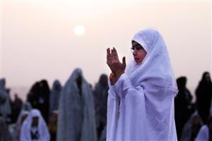 به روزه اولیها در عید سعید فطرهدیه می دهند