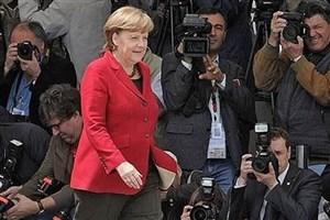 """پیشتازی چشمگیر حزب """"مرکل"""" از حزب """"شولتز"""" در آلمان"""