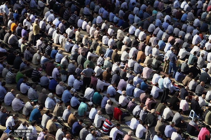 نماز عید فطر در مسجد الرسول