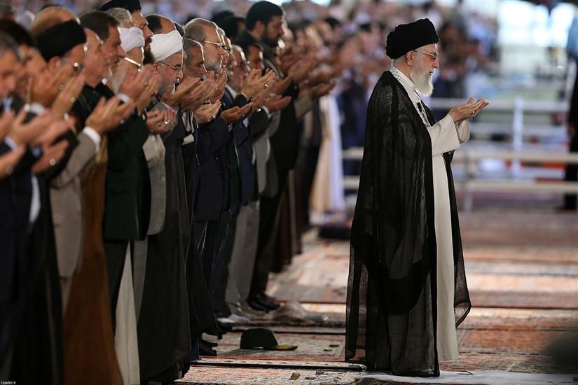 نماز عید فطر به امامت مقام معظم رهبری