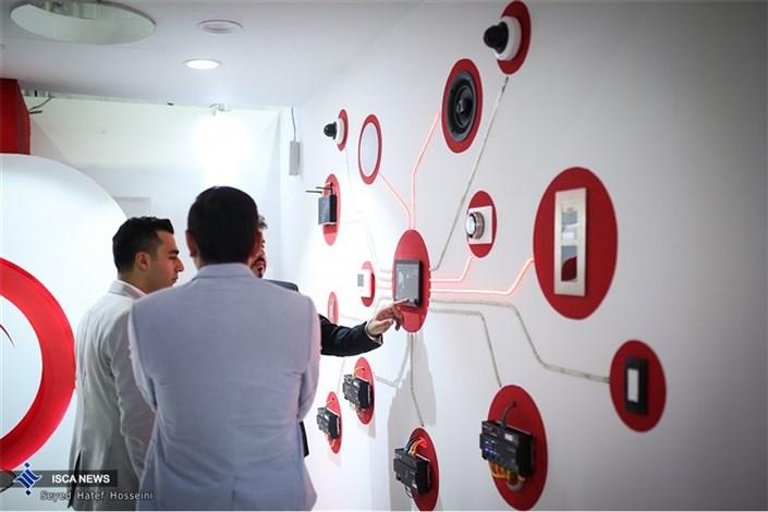 افتتاح نخستین سمپوزیوم معماری پویا با حضور معماران و مسئولان