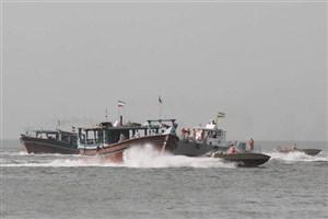 نجات 5 سرنشین لنج ماهیگیری در آب های بین المللی