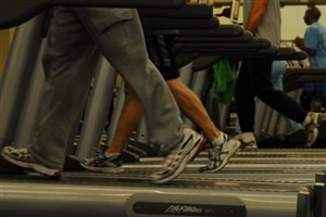 این بیماران نباید از تردمیل استفاده کنند/ اصول استفاده صحیح از دستگاه های ورزشی
