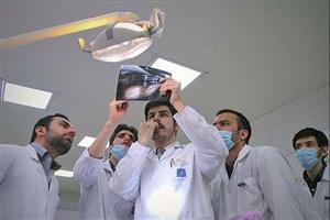 دانشجویان ایرانی قابلیت تبدیل شدن به بهترین اساتید و پزشکان ذنیا را دارند