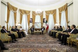 شمخانی: رویکردهای تجزیهطلبانه بستری برای طمعورزی دشمنان عراق است