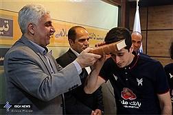 دیدار صمیمانه دکتر فرهاد رهبر با تیم اعزامی روبوکاپ دانشگاه ازاد اسلامی به مسابقات جهانی 2017