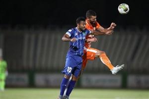 سایپا صفر- استقلال صفر/ جدال دایی و منصوریان در نیمه اول برنده نداشت