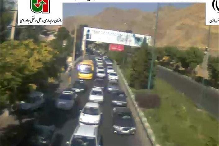 ترافیک ۱۴ کیلومتری در جاده کرج-چالوس
