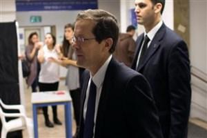 رهبر مخالفان داخلی  رژیم صهیونیستی : نتانیاهو باید استعفا دهد