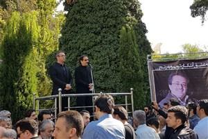 شهرام ناظری: افرادی مانند ناصر فرهودی از عقب ماندگی فرهنگ و هنر جلوگیری کردند