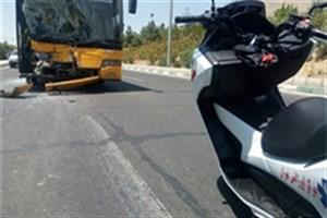تصادف ٢ دستگاه اتوبوس شرکت واحد حوالی  آبشار تهران /5 نفرمصدوم شدند