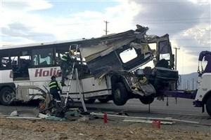 کشته شدن  36 نفر در تصادف زنجیرهای اتوبوس
