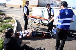 مصدومیت ۱۴ مسافر در سانحه واژگونی مینیبوس در خشکبیجار