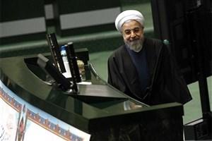 خنده های معروف روحانی و دفاع از وزیر غایب