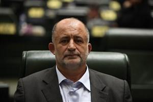 درخواست قاضی پور از مسولان برای نجات دریاچه ارومیه