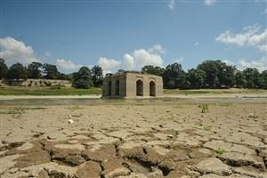 دریاچه باغ عباس آبادخشک می شود
