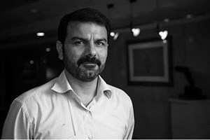 حسین عصمتی: سعی کردم پرواز روح شهدای غواص را در آثارم نشان دهم