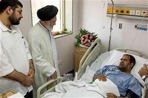 روحانی مجروح کاروان حجاج ایرانی: ضارب پس از مجروح کردن من  در تاریکی فرار کرد/عکس