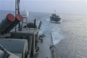 اخطار ناو موشک انداز فلاخن به ناوآمریکایی در سواحل جاسک