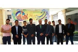 بازدید اعضای کانون دانشجویی هلال احمر دانشگاه آزاد اسلامی واحد شاهین شهر از سرای سالمندان