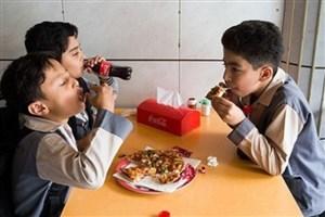 معاینه یک میلیون و 200 هزار دانش آموز ورودی جدید مدارس/ 30 درصد از دانش آموزان دچار چاقی و پروزنی هستند