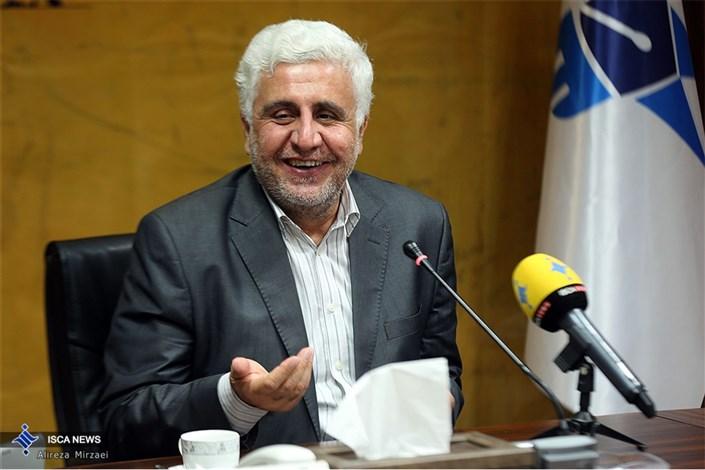 فرهاد رهبر: دانشگاه آزاد اسلامی متعلق به مردم است و باید به مردم منفعت برساند