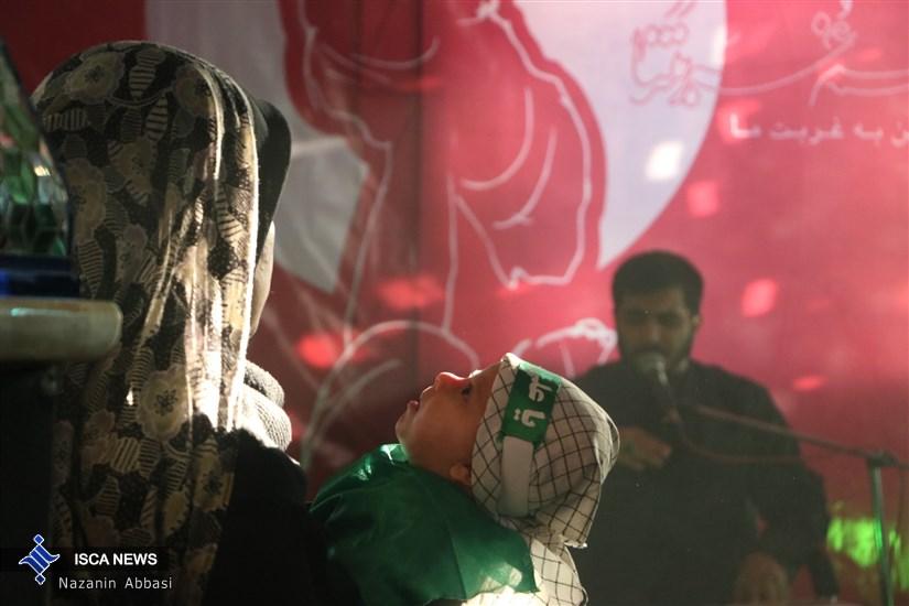 مراسم شیرخوارگان حسینی در امامزاده پنج تن لویزان