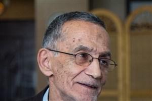 استاد حسین وحیدی مخترع آ با کلاه :  معلم شهید رجایی بودم/ می خواهم نامم را در گینس  ثبت کنم
