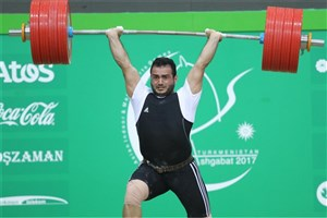 Iranian Champion Lifter Smashes 18-Year-Old World Record
