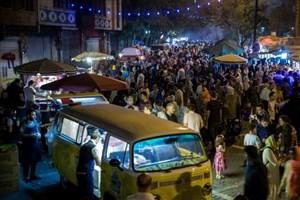 مخالفت پلیس با تبدیل خیابان سی تیر به مکانی برای عرضه غذا و کافه