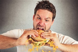 سرعت در غذاخوردن مفید یا مضر؟