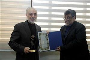 تقدیر از دکتر صالحی  در چهاردهمین کنفرانس بین المللی انجمن رمز ایران