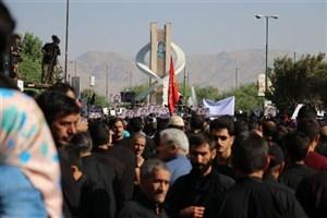 تشییع پیکر شهید حججی از میدان بسیج به سمت گزار شهدا