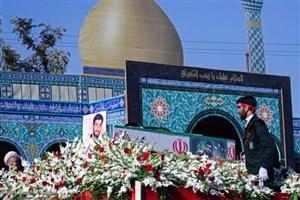 """پیکر """"شهید محسن حججی"""" در خاک آرام گرفت"""