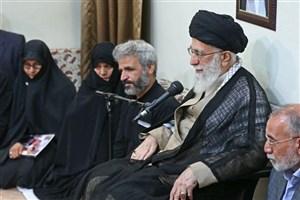 """خانواده """"شهید حججی"""" با رهبر معظم انقلاب دیدار کردند"""