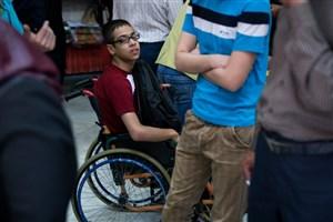 وسایل حمل و نقل عمومی در اختیار معلولان نیست