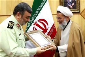رئیس سازمان عقیدتی سیاسی ارتش با فرمانده نیروی انتظامی دیدار کرد