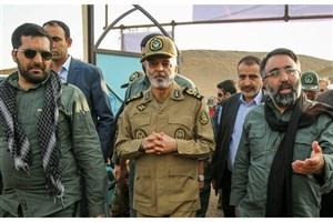 بازدید فرمانده ارتش از پایگاه هوایی شهید عبدالکریمی بندر عباس