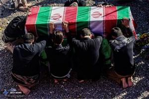 ورود  پیکر مطهر پنج شهید دفاع مقدس و دو شهید مدافع حرم به اصفهان