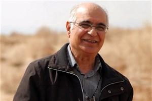 مرادی کرمانی  به «هزارداستان»  می  آید