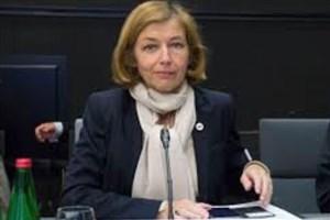 وزیر دفاع فرانسه: بایستی برای مقابله با برنامه موشکی ایران جدی باشیم