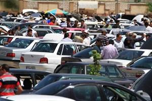 رونق بازار سیاه خودروهای وارداتی/ چه کسی از افزایش قیمت خودرو سود میبرد