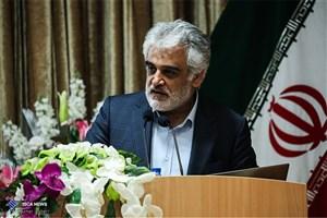 دانشگاه آزاد اسلامی استان تهران را به یک دانشگاه حل مسئله تبدیل خواهیم کرد