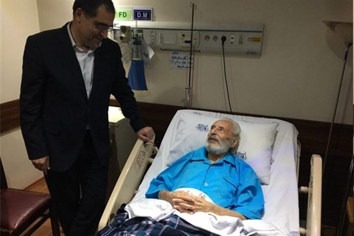 وزیر بهداشت از جمشید مشایخی عیادت کرد