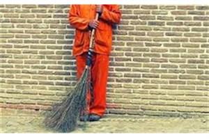 جعفر، رفتگر پاکدست کرجی  به دلیل بی پولی به زندان افتاد