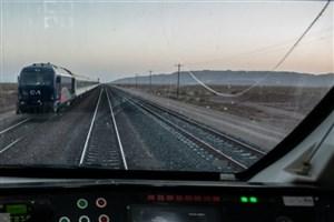 استقبال خوب از راهاندازی شدن قطار در مسیر قم - کربلا قطار گردشگری رجا