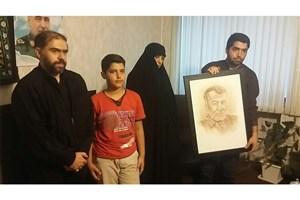 دیدار دانشجویان دانشگاه صدا و سیما با خانواده سردار شهید ستار اورنگ